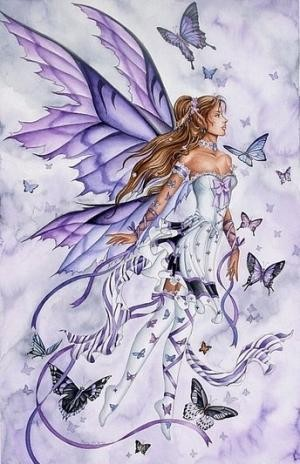 F e violette des papillons